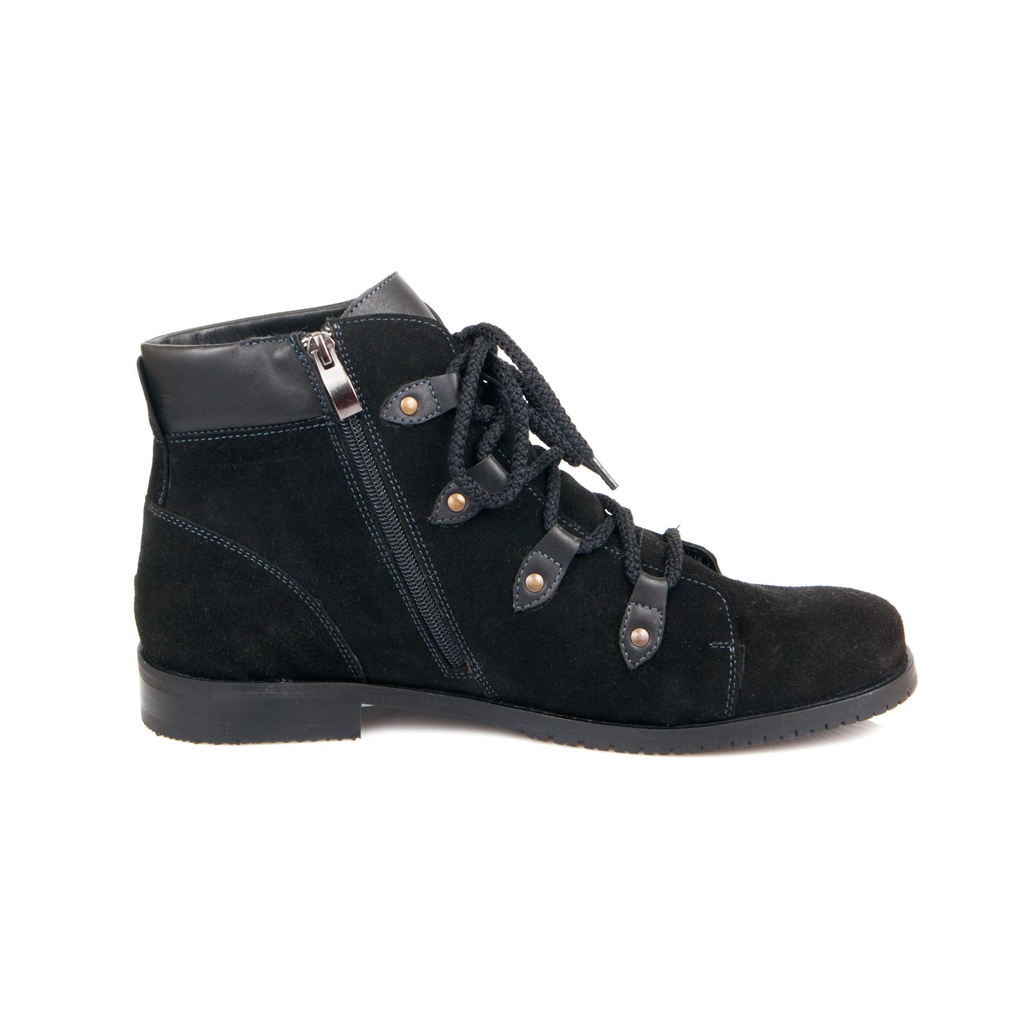 557370 Ботинки женские черные больших размеров марки Делфино