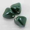 Бусина фарфоровая треугольная, цвет - темный зеленый, 14х14 мм