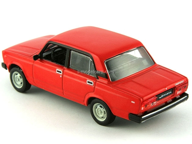VAZ-2105 Lada red 1:43 DeAgostini Auto Legends USSR #62