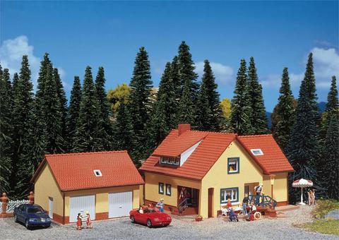Faller 131276 Дом с пристройкой-гаражом