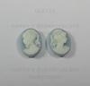 "Камея ""Девушка с хвостиком"" белого цвета на голубом фоне 10х8 мм (прав) ()"