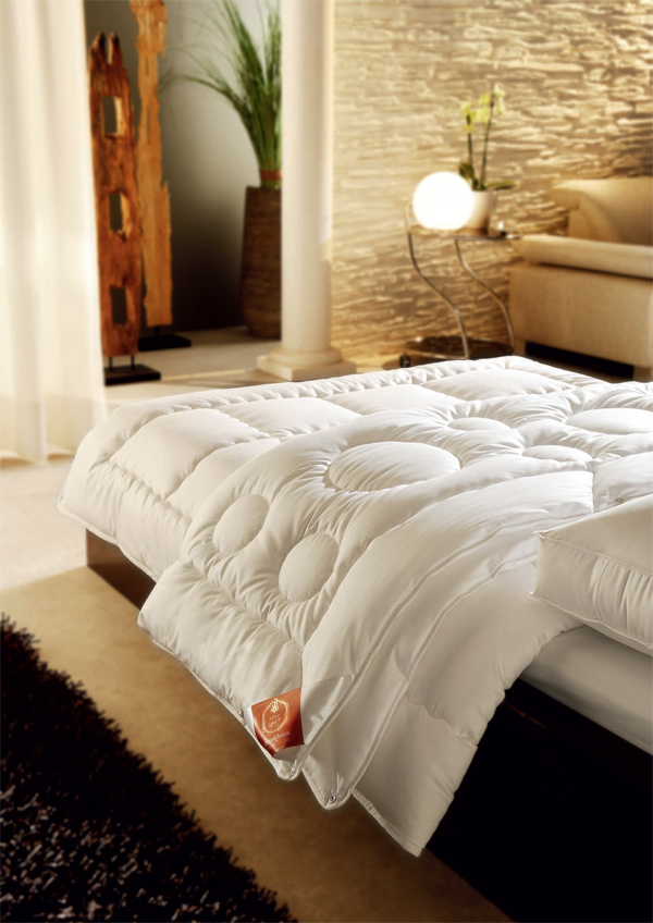 Одеяла Одеяло всесезонное 155х200 Brinkhaus Sida elitnoe-odeyalo-legkoe-155h200-sida-ot-brinkhaus-germaniya.jpg