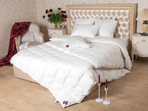 Элитное одеяло всесезонное 220х240 Luxe Down шампань от German Grass