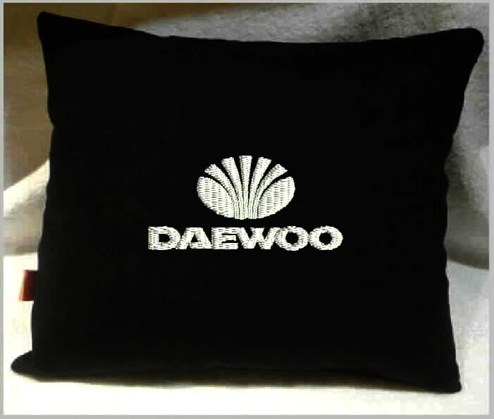 Подушка автомобильная с логотипом DAEWOO