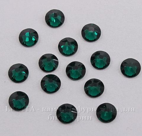 2058 Стразы Сваровски холодной фиксации Emerald ss 20 (4,6-4,8 мм), 10 штук ()
