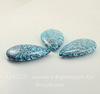 """Подвеска Капля Жадеит """"Океанический"""" (тониров), цвет - голубой с черным, 49х29 мм"""