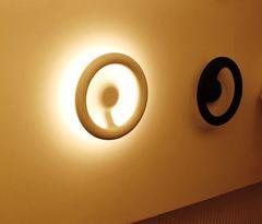 светодиодное бра Orotund by Flos
