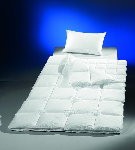 Элитное одеяло 155х200 Nightlife от Brinkhaus
