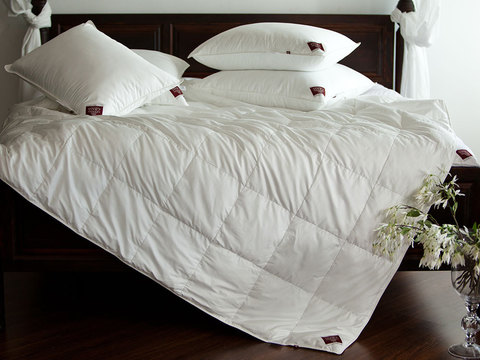 Элитное одеяло кассетное 150х200 Non-Allergenic Premium белое от German Grass