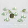 2028/2058 Стразы Сваровски холодной фиксации Chrysolite Opal ss12 (3,0-3,2 мм), 10 штук