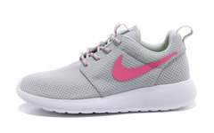 Кроссовки женские Nike Roshe Run Material Grey Pink