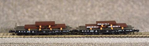 Набор из двух платформ Ssym 46 для перевозки стальных болванок MARKLIN 82358