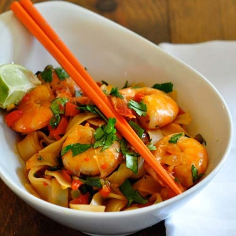https://static12.insales.ru/images/products/1/4414/36155710/rice_noodles_stir_fry.jpg