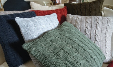 Элитная подушка декоративная Boston шоколадная от Casual Avenue