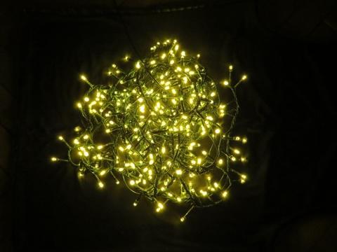Светодиодная гирлянда Triumph Tree 550 ламп, теплый свет