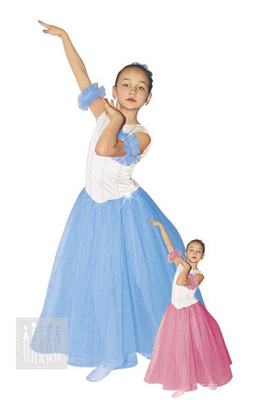 Балетная Шопенка состоит из трех слоев жесткой сетки - два нижних - белый, верхний - цветной. Дополняют образ резинки с рюшкой из сетки на руки и головной убор - кичка из сетки, отороченной тесьмой