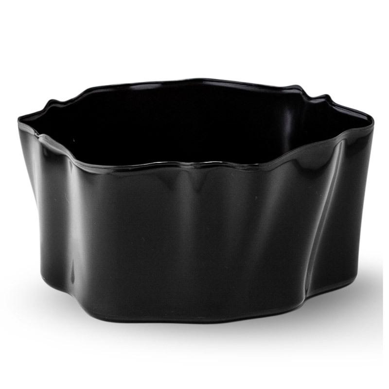 Органайзер Flow малый черный QL10143-BKОрганайзеры<br>Самое увлекательное, что назначение этой вещи вам нужно будет определить самим: такой органайзер может пригодиться на кухне, в ванной, в гостиной, на даче, на природе, в городе, в деревне. В него можно складывать фрукты, овощи, хлеб, кухонные приборы и аксессуары, всевозможные баночки и скляночки, можно использовать органайзер как мусорную корзину, вазу, хранилище для носков и так далее и тому подобное. Все зависит от вашей фантазии и от хозяйственных потребностей! Органайзер пригодится везде!<br>