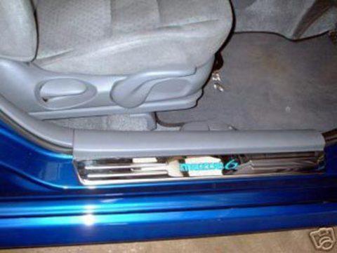 Светящиеся накладки порогов Mazda 6 (blue light, all chrome)