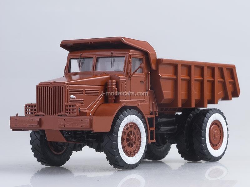 MAZ-525 Tipper 25 tons Exhibition 1:43 Start Scale Models (SSM)