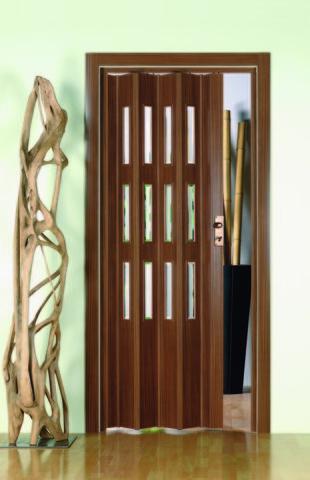 Фото пластиковая дверь гармошка