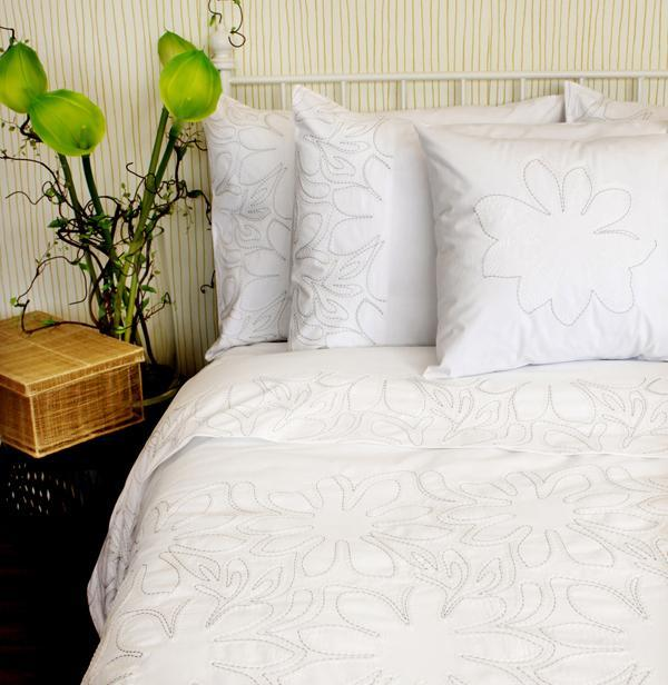 Комплекты постельного белья Постельное белье 1.5 спальное Bovi Flora komplekt-postelnogo-belya-flora-beliy-ot-bovi.jpg