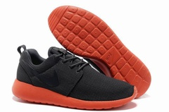 Nike Roshe Run Material Black Red
