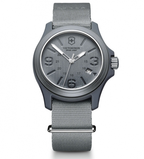 Часы наручные кварцевые, Gray Victorinox (241515)
