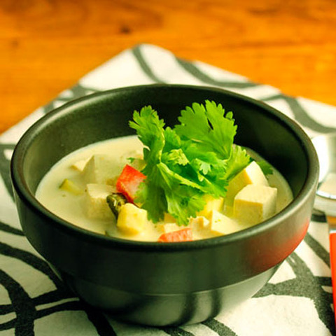 https://static12.insales.ru/images/products/1/5177/36770873/thai_green_soup.jpg