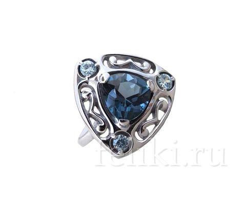 серебряное кольцо с топазом лондон блю 8*8 мм