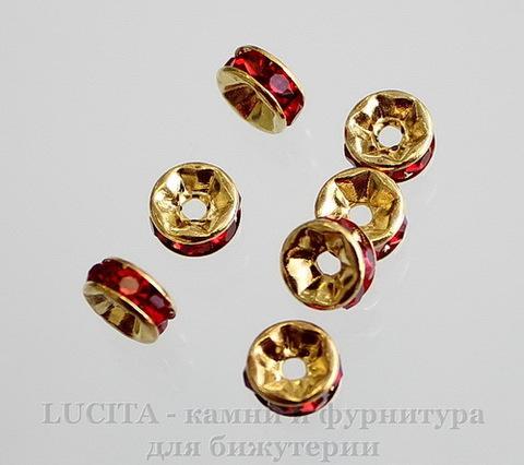 Бусина - рондель 6х3 мм с красными фианитами (цвет - золото), 5 штук