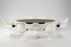 стол обеденный    tulip oval table