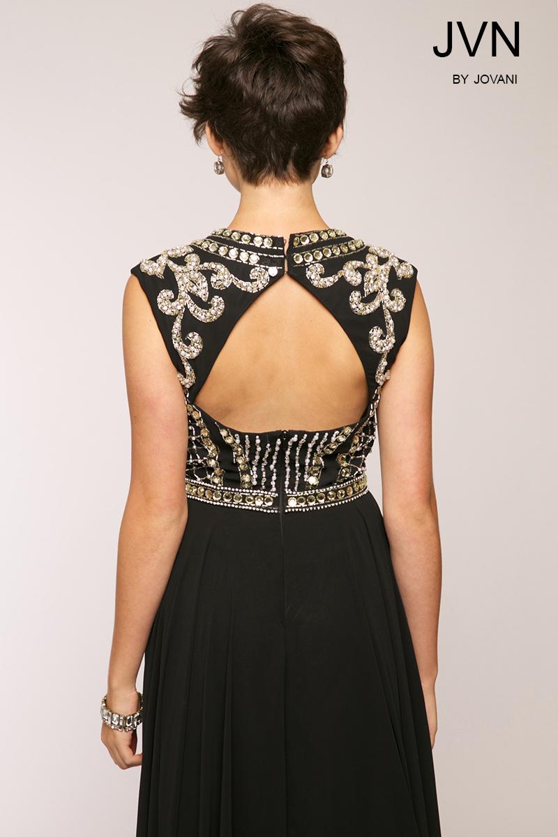 Платье с вышивкой доставка