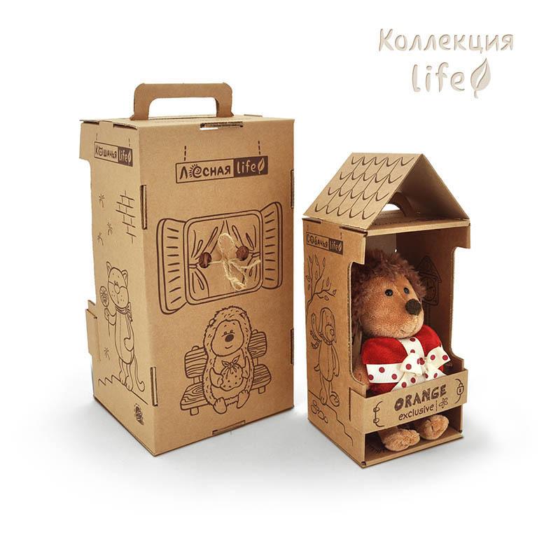 Коты в коробке игрушки