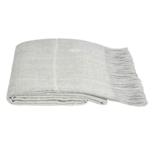 Пледы Плед шерстяной 130x200 Zoeppritz Square светло-серый square_920_plaid-blanc__4_.jpg