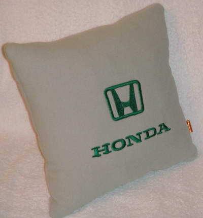 Подушка автомобильная с логотипом HONDA