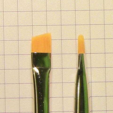 Кисточка для химической окраски бровей №8