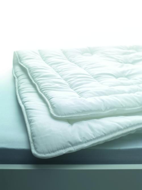 Одеяла Элитное одеяло 200х210 Ticino Uno от Dauny elitnoe-odeyalo-ticino-uno-ot-dauny-shveytsariya.jpg