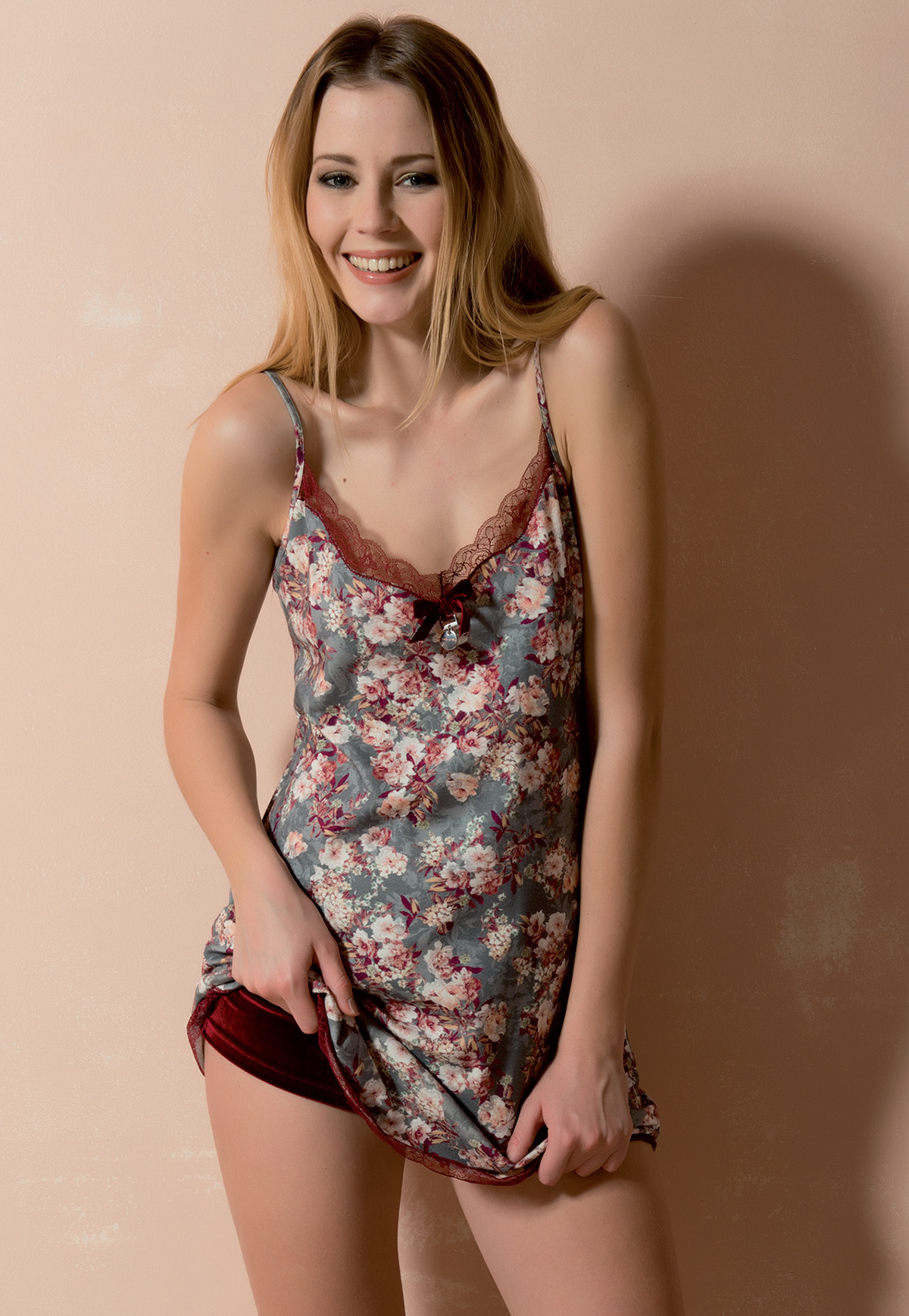 Легкая женская пижама Rebecca & Bros (Домашние костюмы и пижамы)