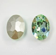 4120 Ювелирные стразы Сваровски Chrysolite (18х13 мм)