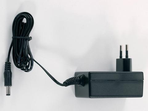 55006 Сетевой адаптер 18 V / 36 VA