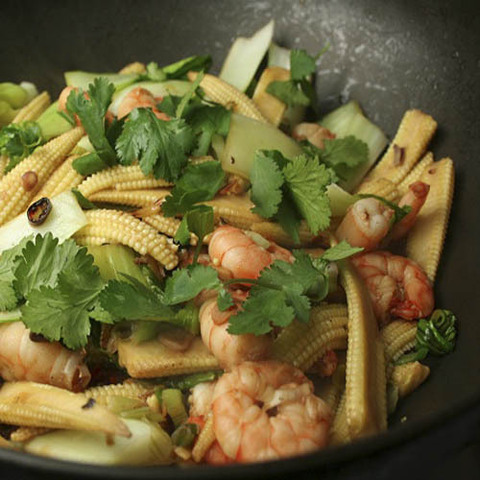 https://static12.insales.ru/images/products/1/5823/40580799/Prawn_corn_stir_fry.jpg