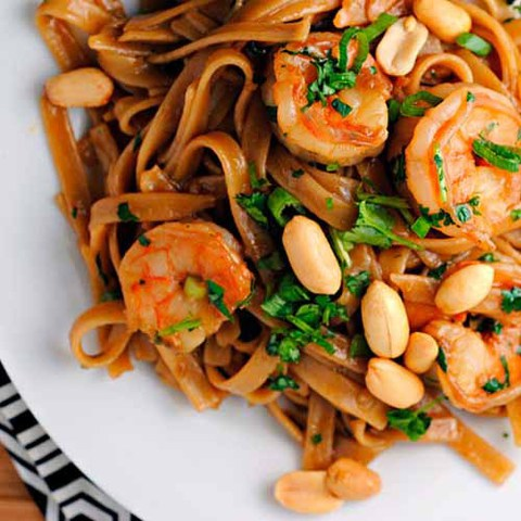 https://static12.insales.ru/images/products/1/5849/38115033/hot_thai_noodles.jpg