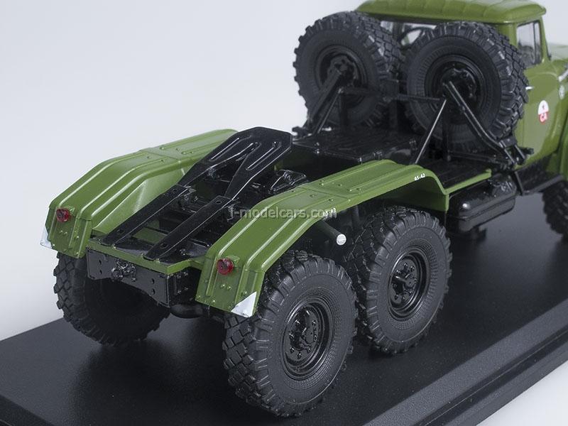ZIL-131NV tractor unit khaki labeled SA 1:43 Start Scale Models (SSM)