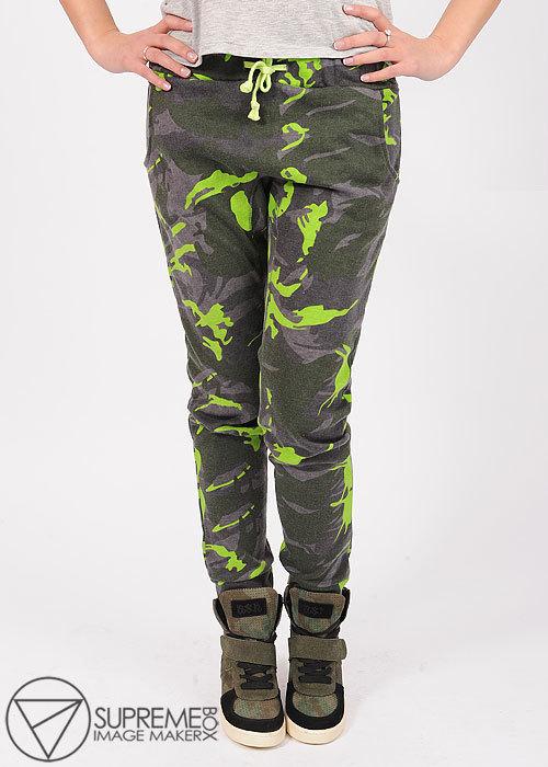 Купить камуфляжные брюки с доставкой