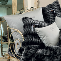 Подушка декоративная 42х42 Blumarine Madame
