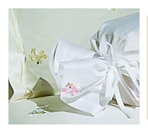Элитная наволочка Beauty розовая от Elegante