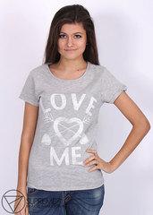 Футболка Женская Love me