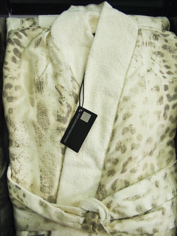 Халаты Халат-кимоно сатиновый Roberto Cavalli Jaguar бежевый elitnyy-halat-kimono-dvoynoy-jaguar-bezhevy-ot-roberto-cavalli-italiya-vid-v-korobke.jpg
