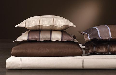 Элитный пододеяльник Stripe коричневый от Elegante