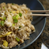 https://static12.insales.ru/images/products/1/6323/9689267/compact_0669032001339239257_ChickenFriedRice.jpg
